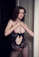 Emily Bloom in Dunesa by Met-Art (nude photo 3 of 16)