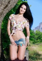 Lola Marron in Delamia by Met-Art (nude photo 4 of 16)