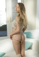 Presenting Riley Anne by Met-Art (nude photo 9 of 16)