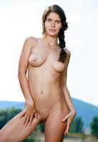 Yasmina in Peria by Met-Art (nude photo 8 of 16)