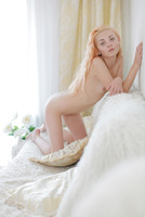Milla in Day Dreams by Met-Art X (nude photo 8 of 12)