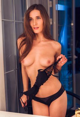 12 Pics: Elina Mikki stripping nude in front of mirror for Met-Art X