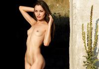 Marta in Summer Surprise (nude photo 7 of 12)