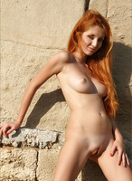 Naomi in Eastern Mystery (nude photo 5 of 12)
