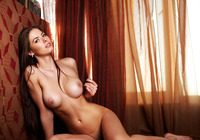 Arianna in Perfect Curves (nude photo 10 of 12)