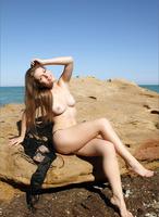 Olesya in Sandstone Beach (nude photo 1 of 12)
