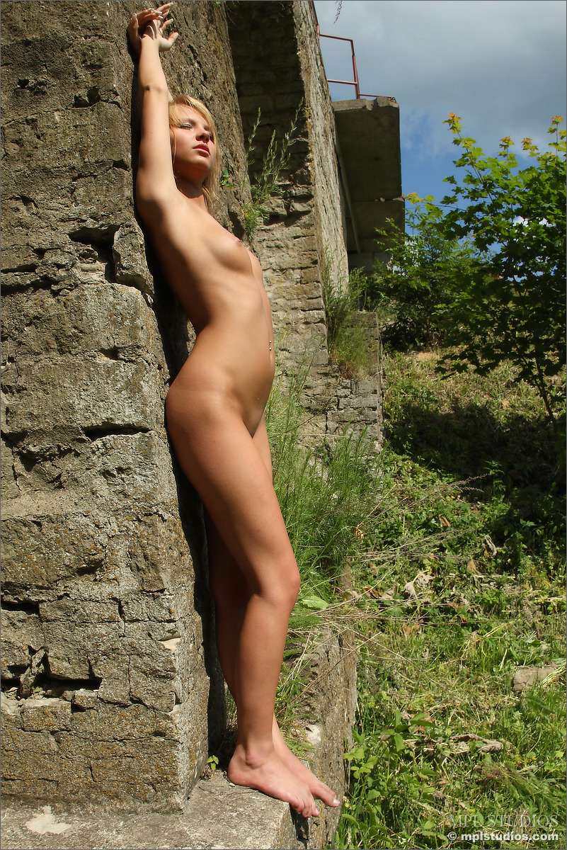 Asian Teen Selfie Naked