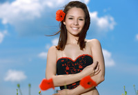 Alma in Smiling Poppies by MPL Studios (nude photo 3 of 16)