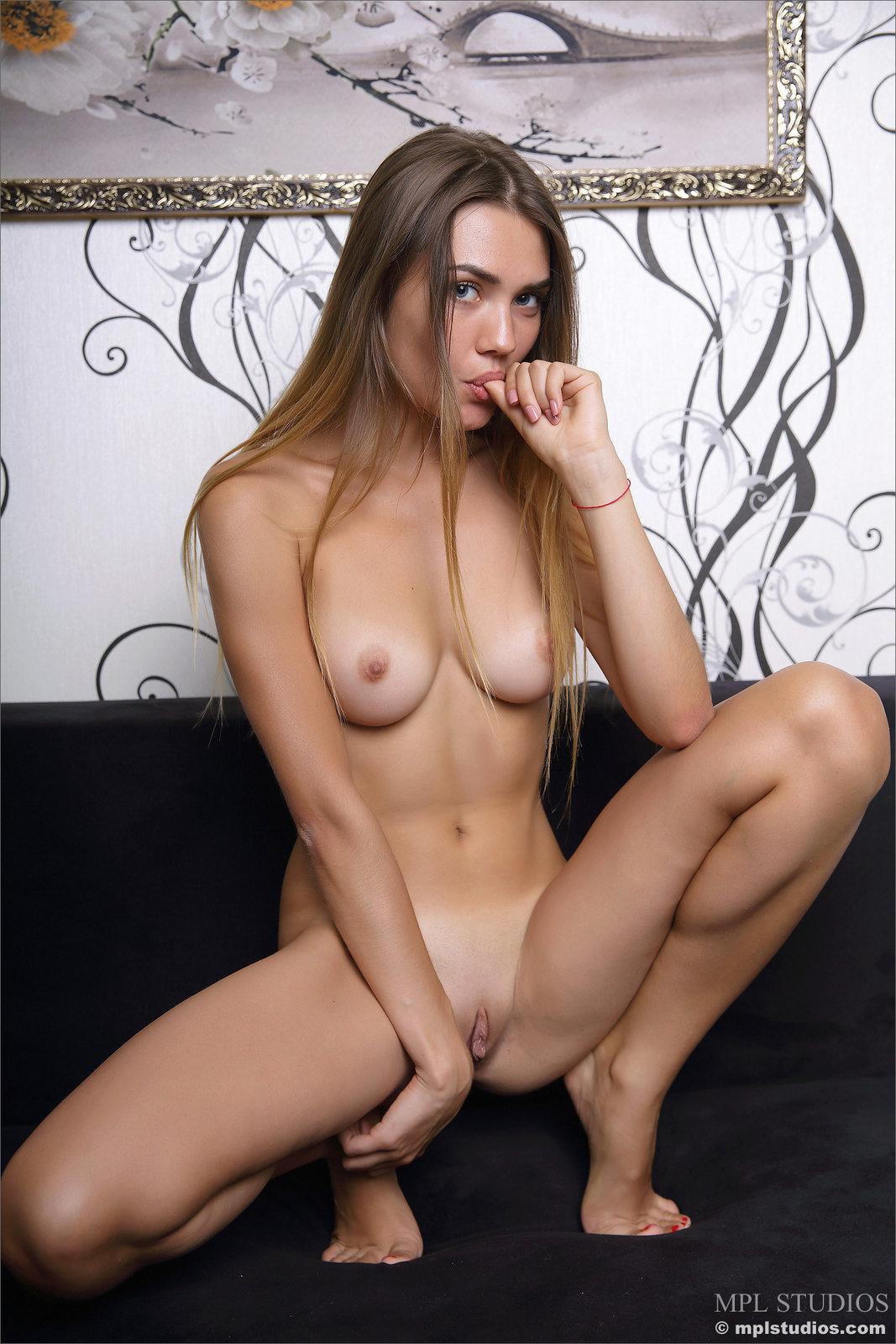 Viva in Sexuality by MPL Studios (12 photos) | Erotic Beauties
