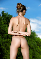 Viva in Au Naturale Part II by MPL Studios (nude photo 5 of 12)