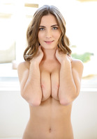 Molly Jane in Milk and Cookies by Passion-HD (nude photo 6 of 16)