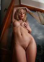 Tindra in Art Nudes (nude photo 12 of 12)