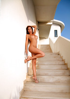 Alexa in Observation Point (nude photo 10 of 12)