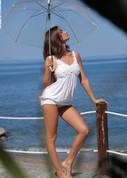 Juliette in La Terrazza (nude photo 1 of 12)