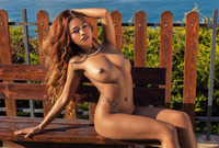 Cruzlyn in Backlight by Photodromm (nude photo 3 of 12)