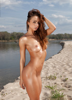 Rebecca in Along The River by Photodromm (nude photo 5 of 12)