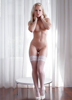 Victoria Angel in Intimacy by Photodromm (nude photo 5 of 12)