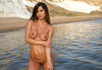 Justyna in Sea Breeze by Photodromm (nude photo 3 of 12)