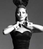 Kate Moss in Celebrity Nudes Vol. 1 (nude photo 4 of 12)