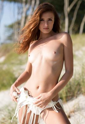 Elina Love