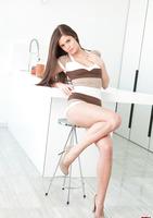 Caprice in High Heels (nude photo 1 of 12)