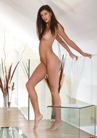 Lennox A in Ekdos (nude photo 2 of 12)