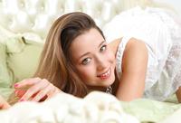Sex Art model Taissia in Arotai (nude photo 4 of 16)