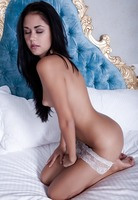 Gorgeous raven hair babe Macy B fingering her pussy in bed (nude photo 9 of 16)