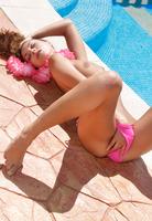 Sex Art model Sabrisse A masturbating poolside (nude photo 7 of 16)