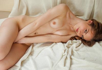 Cherish nackt Lee Charlene Tilton's