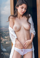 Mila Azul in Nogeti by Sex Art (nude photo 6 of 16)