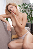 Genevieve Gandi in Nacies by Sex Art (nude photo 5 of 16)