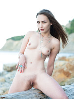 Elis in Uninhabited by Showy Beauty (nude photo 13 of 20)