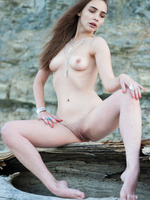 Elis in Uninhabited by Showy Beauty (nude photo 16 of 20)