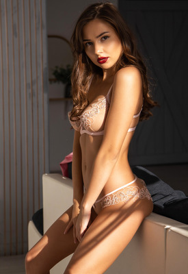 12 Pics & Free Video: Stella Q posing in lingerie art nudes for StasyQ