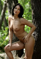 Marion Nude Outdoors (nude photo 4 of 16)