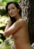 Marion Nude Outdoors (nude photo 14 of 16)