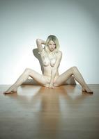 Nika N. in Fragile (nude photo 12 of 16)