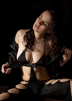 Katherina in Dark Side (nude photo 3 of 16)