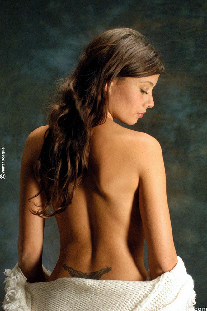 павлодаре эро фото агата муцениеце тоже пасет задних