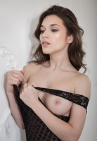 Serena Wood in Comfort by The Life Erotic (nude photo 3 of 16)