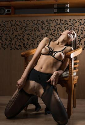 16 Pics: Karina Baru in Seductress by The Life Erotic