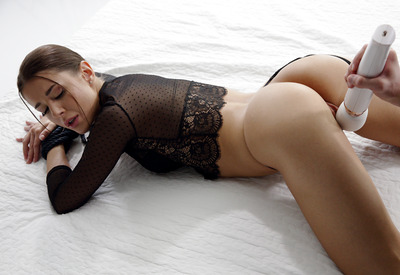 16 Pics & Free Video: Sybil in Tied Up by The White Boxxx