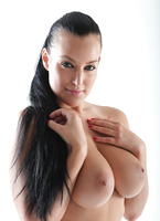 Casting Carmen Croft (nude photo 11 of 16)