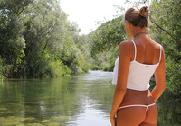 Clover by The Water (nude photo 2 of 16)