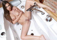 Connie Cater in Key (nude photo 5 of 16)