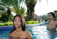 Tropical Erotica (nude photo 8 of 16)