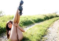 Monicca in Nude Art (nude photo 8 of 16)