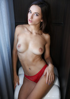 Sophia in Incredibly Sexy by Watch4Beauty (nude photo 6 of 16)