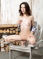 Olyvia in Wooden Design by Watch4Beauty (nude photo 8 of 16)